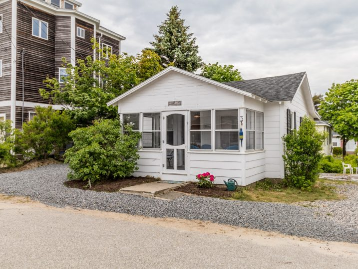 Maine vacation rental, Cerullo, Old Orchard Beach, Maine.